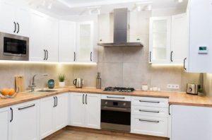 Готовая и индивидуальная кухонная мебель — что выбрать?
